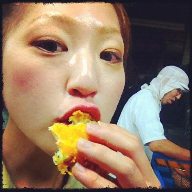 がんす娘。三宅水産フードフェスティバル2012広島名物がんすの元祖.jpg