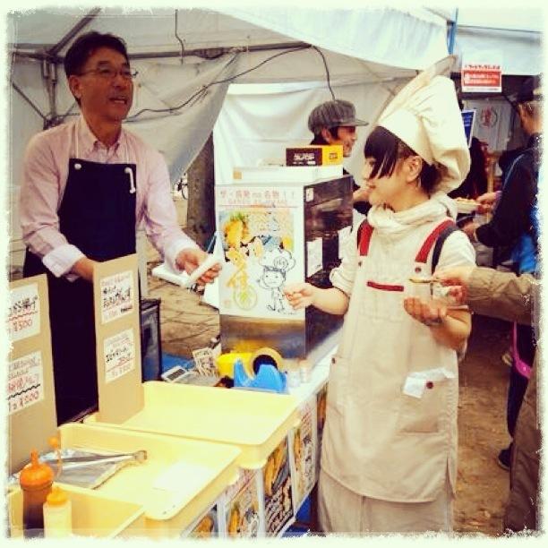 広島城フードフェスティバル2013_がんす娘_RCCラジオ01.jpg